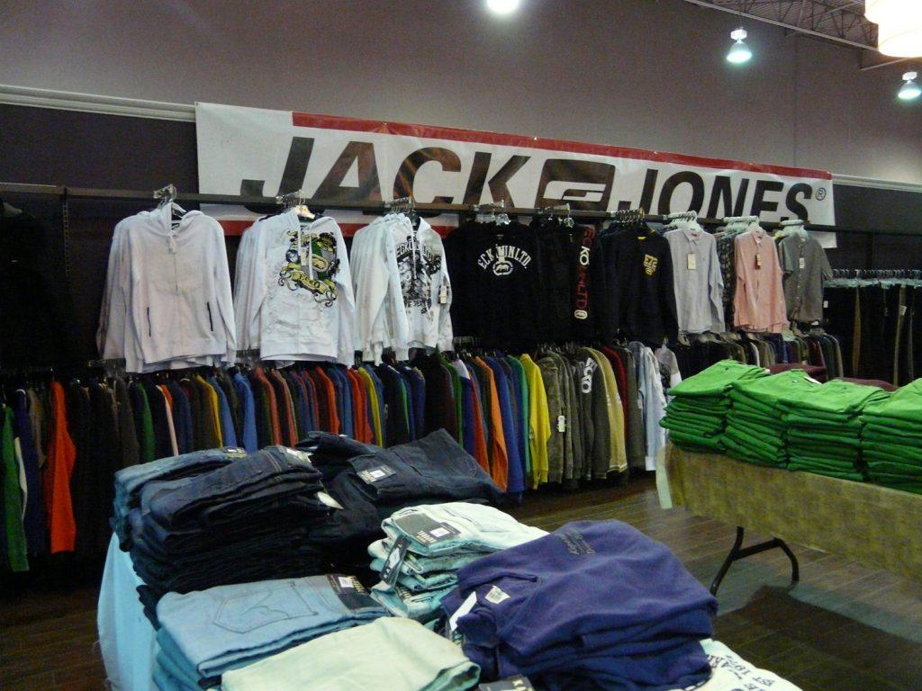 Vêtements pour hommes - Kaporal, Jack & Jones, Ecko Unlimited et plus encore!