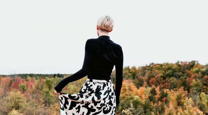 Les 8 indispensables à ta garde-robe