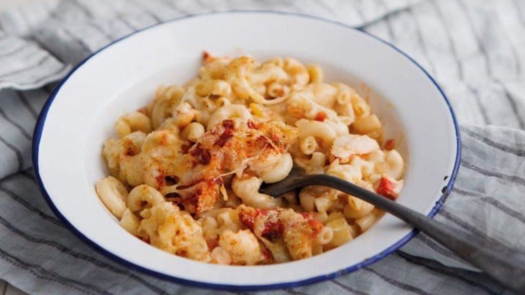 Macaroni au fromage et au homard